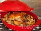 Рецепта Печено пълнено пиле с картофи на фурна